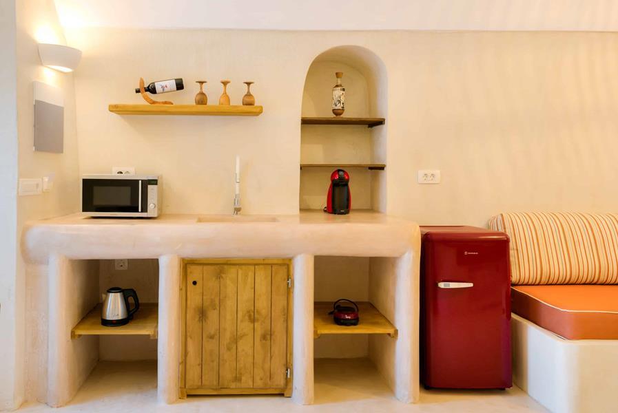 Oceanida Cave Suites Kitchen