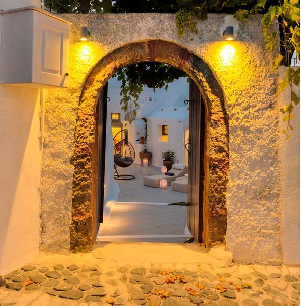 Pasithea_Suites Entrance
