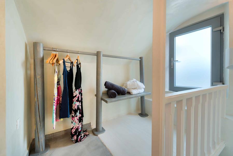 Thetis Suite wardrobe